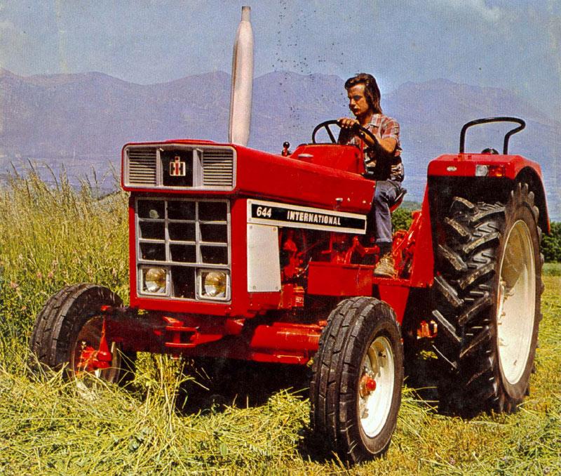 644 - Cars et les tracteurs ...